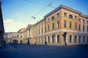 The main post office in St. Petersburg. Taken from the city's website.